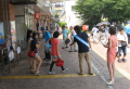 JR和歌山駅前での世界肝炎デーの宣伝